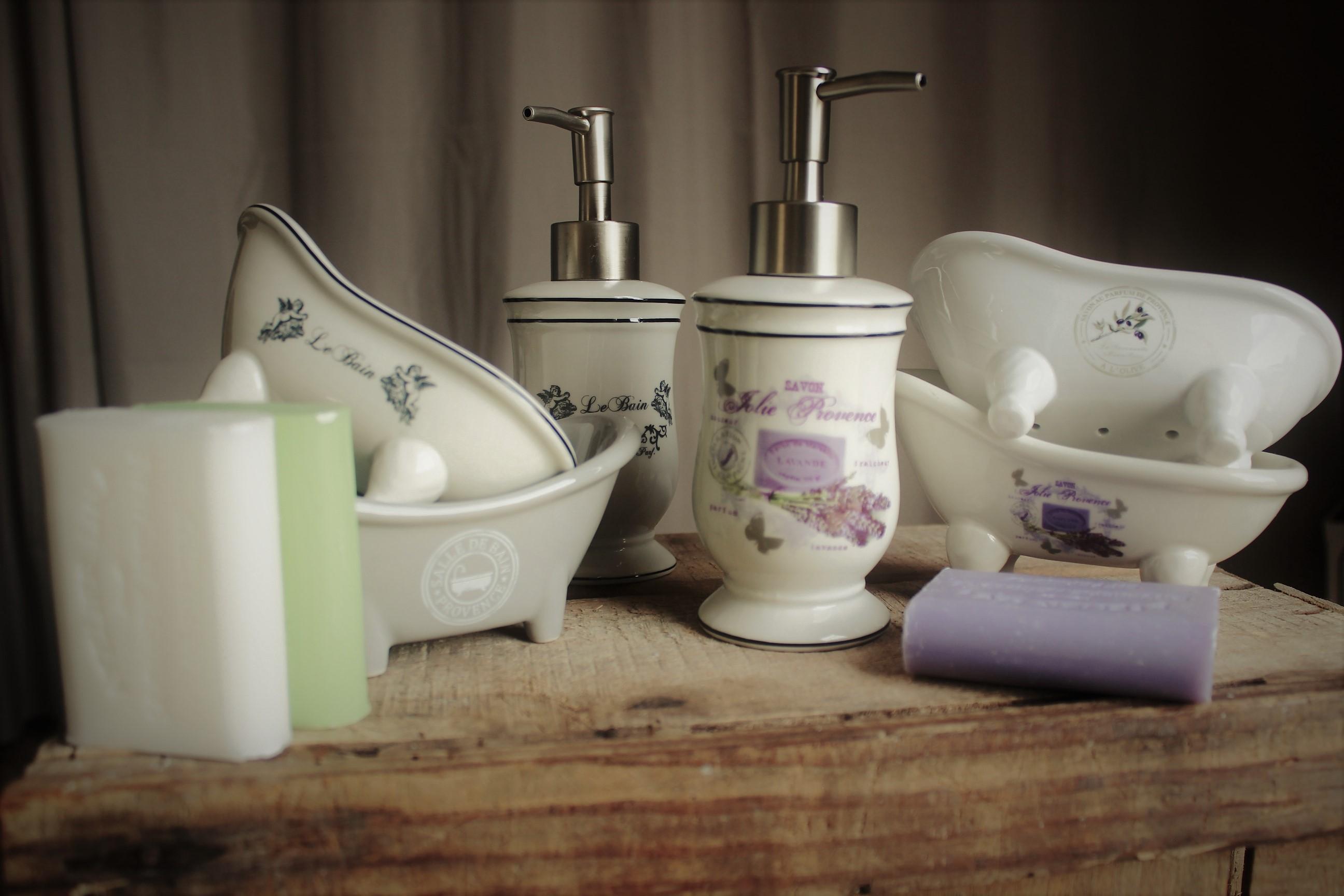 Céramique pour la salle de bain